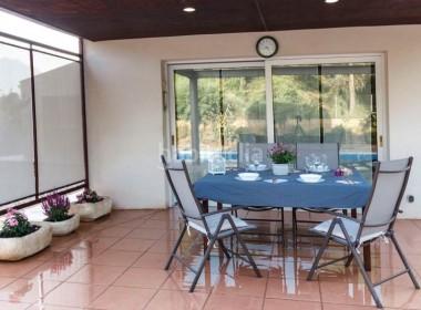 porche-exterior-chalet-vacarisses_500-img3060091-16442200G
